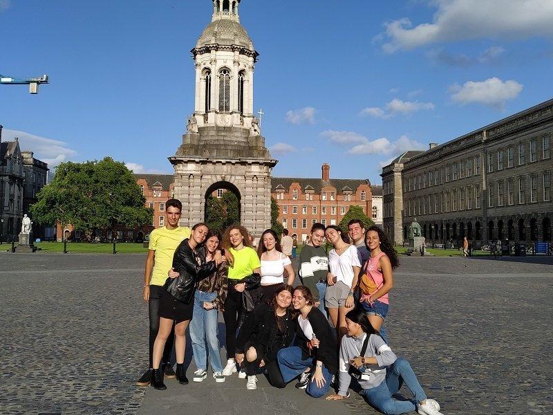 clases en Dublín para jóvenes